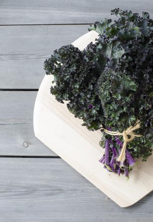 glycemic: Fresh red kale