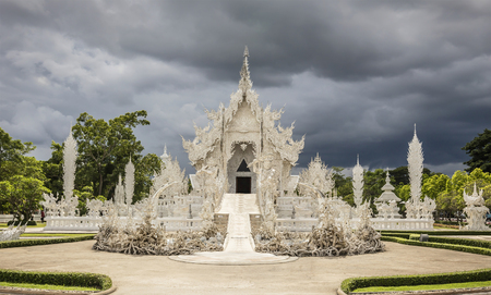The beauty of the White Temple - Chiang Rai (Thailand)