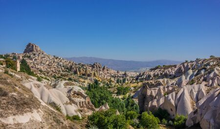 Pigeon valley in a sunny day, Cappadocia Turkey Standard-Bild
