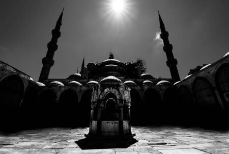 Black and white photo of the Sultanahmet Mosque (Blue Mosque) - Istanbul, Turkey