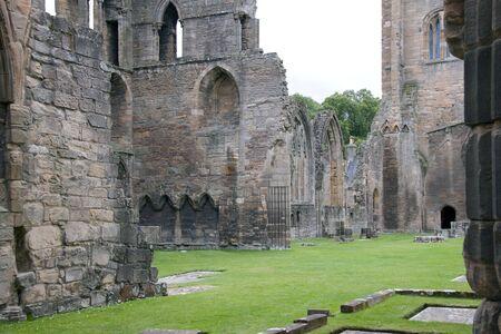 Ruinas de una abad�a en Escocia  Foto de archivo