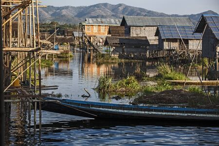 Myanmar, village on the lake Stock Photo - 17831662