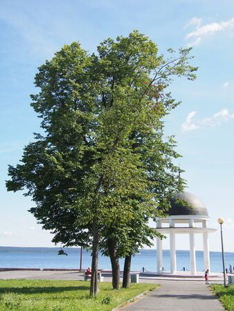 onega: Rotunda in Petrozavodsk. Embankment of Onega Sea.
