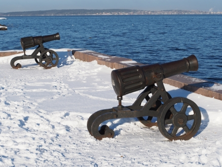 chernigow: Gun on quay of Onega in Petrozavodsk, Russia  Editorial