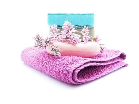artigos de higiene pessoal: produtos de higiene pessoal no fundo branco