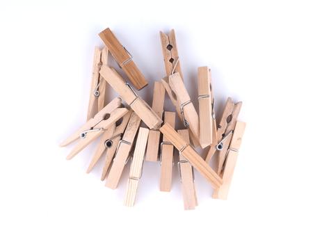 ahorcada: Clothespins sobre un fondo blanco