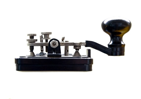 Clé de Morse isolée sur fond blanc