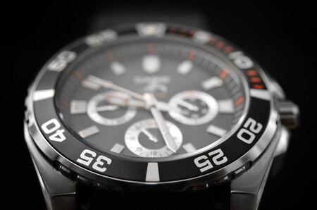 cronografo: reloj de lujo hombre, cron�grafo de cerca Foto de archivo