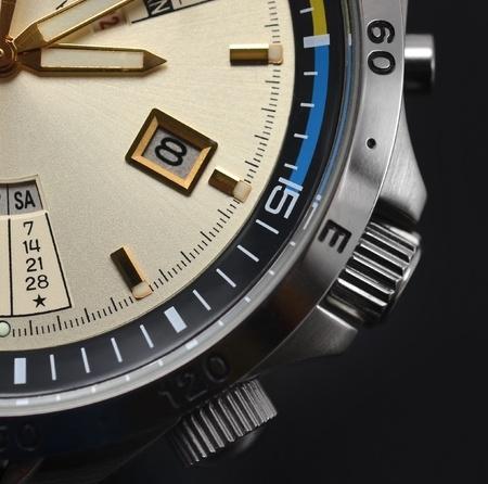 cronografo: hombre reloj de lujo de detalle, cron�grafo de cerca Foto de archivo