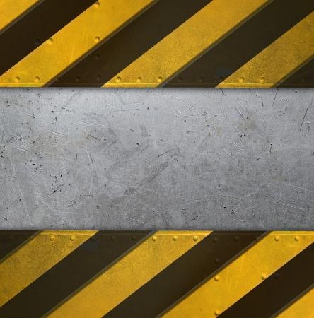 Metallplatte mit Vorsicht Streifen Standard-Bild
