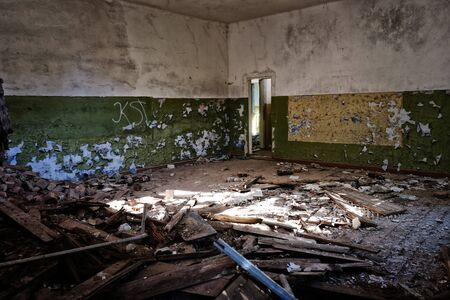 abandoned room: Abandoned room interior