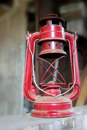 An antique red lantern 版權商用圖片