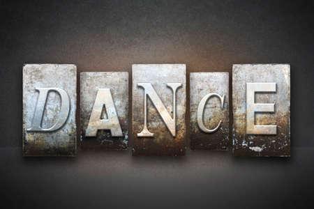 빈티지 활자 형식으로 쓰여진 단어 DANCE