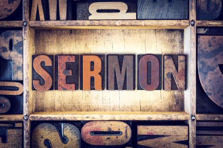 """La palabra """"sermón"""", escrito en tipografía de madera de la vendimia. Foto de archivo"""