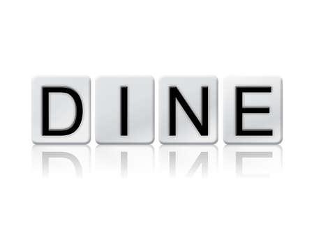 """Het woord """"Dineren"""" geschreven in tegel letters op een witte achtergrond."""