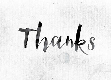 """agradecimiento: El concepto de la palabra """"Gracias"""" y el tema pintado en tinta acuarela en un papel blanco. Foto de archivo"""