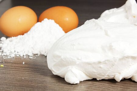 piped: meringues with eggs