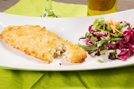breaded fish fingers and salad Stock Photo - 17281277