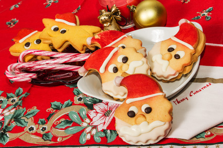 christmas cokies bischits in the shape of santa claus Imagens