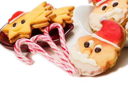 christmas biscuits on the white background Imagens