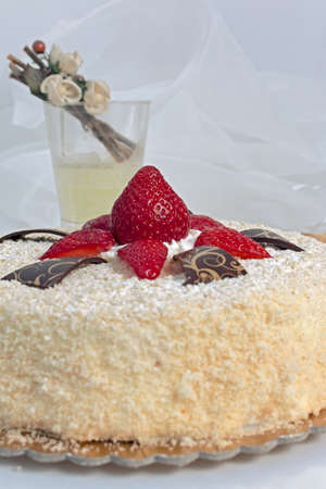 inviting: Inviting cake with sponge cake and red strawberries