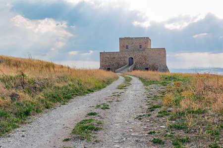 lucania: Castle Monteserico in Genzano di Lucania Editorial