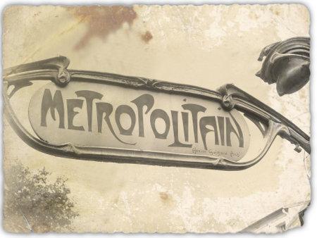 old symbol of paris metro 報道画像