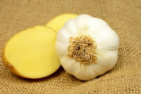 potato garlic on sack