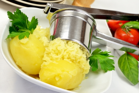 mashed potatoes and parsley