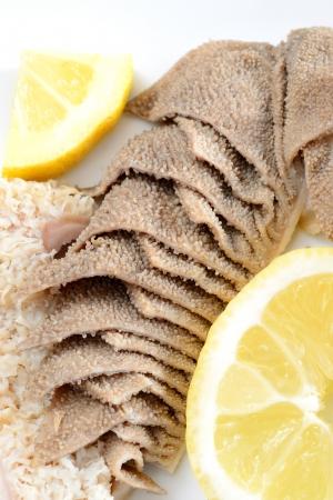 intestinos: entra�as de est�mago de ternera cocida en agua con sal con el jugo de lim�n llamado trippa callos