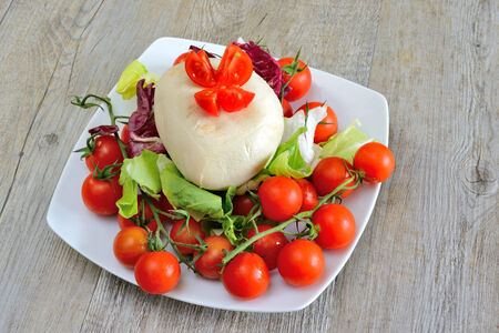 provola: spun paste cheese that smoked cheese with tomatoes