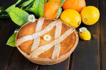 napoletana: dolce e morbido dolce tipico napoletano chiamato pastiera