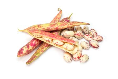 borlotti beans: raw borlotti beans isolated on white background