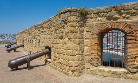 enemies: Italy,Naples,cannons of Castel dell Ovo, defending the city from enemies