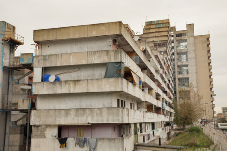 delincuencia: Naples-Italy-December 19, 2016: the sail bulding of Scampia. Scampia is the set of Gomorrah fiction Editorial
