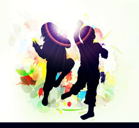 chicas bailando: Siluetas de ni�os felices al aire libre