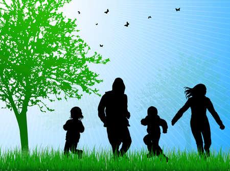 family together: famiglia felice insieme all'aperto
