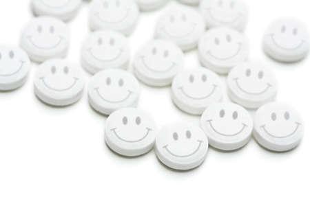 Groep van antidepressivum pillen geïsoleerd op witte achtergrond