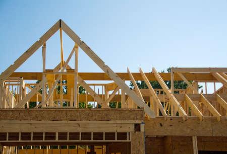 Gedeelte van een nieuw huis in aanbouw.