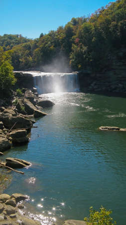 kentucky: Long view of Cumberland Falls, Corbin, Kentucky