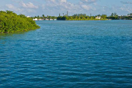 creates: Water creates copy space in the Florida Keys