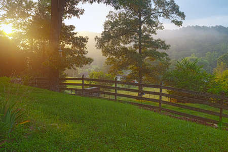 Rural view with fence in Clinton, Tennessee USA Standard-Bild