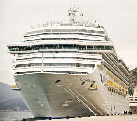fortuna: DUBROVNIK, CROATIA - APRIL 22: Buenos Aires expects 168 cruise calls this season up from 158 in 201112. Costa Fortuna Cruise at the port of Dubro
