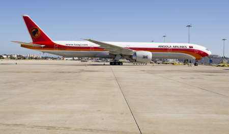angola: Angola Airlines, Boeing 777 - 300 ER