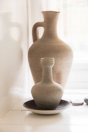 anforas: Old clay ceramic vase still life Foto de archivo