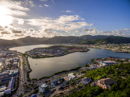 Aerial view of the great salt pond on st.maarten 免版税图像