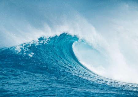 wave: Blue Ocean Wave