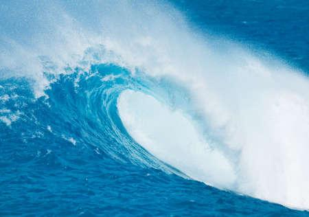 watersports: Blue Ocean Wave