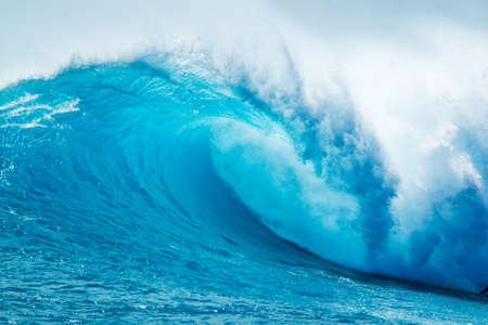 olas de mar: Hermosa Ocean Blue Wave