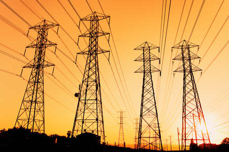 strom: Elektrische Powerlines